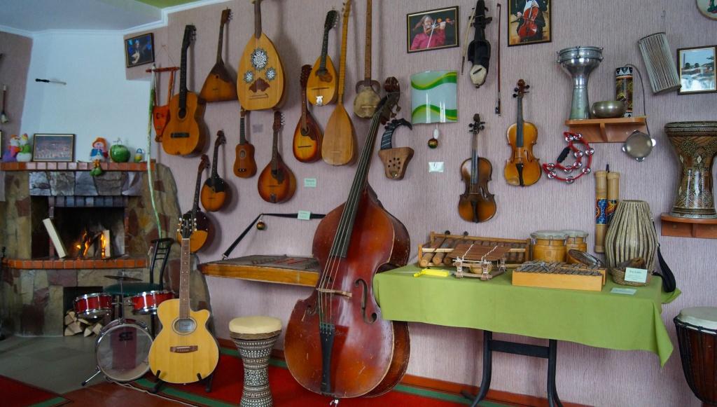 Музей, де звучить музика світу