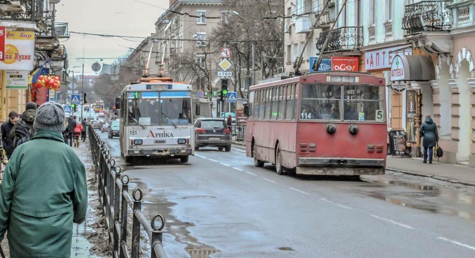 Коли в Тернополі з'являться «розумні зупинки»?