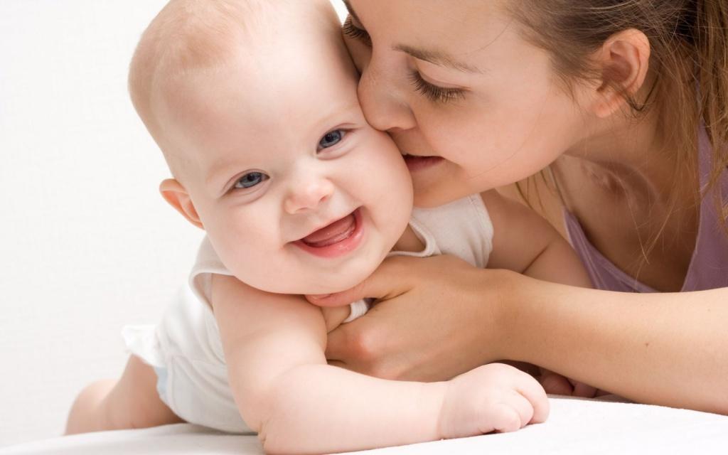 Для одиноких матерів – податкова соціальна пільга