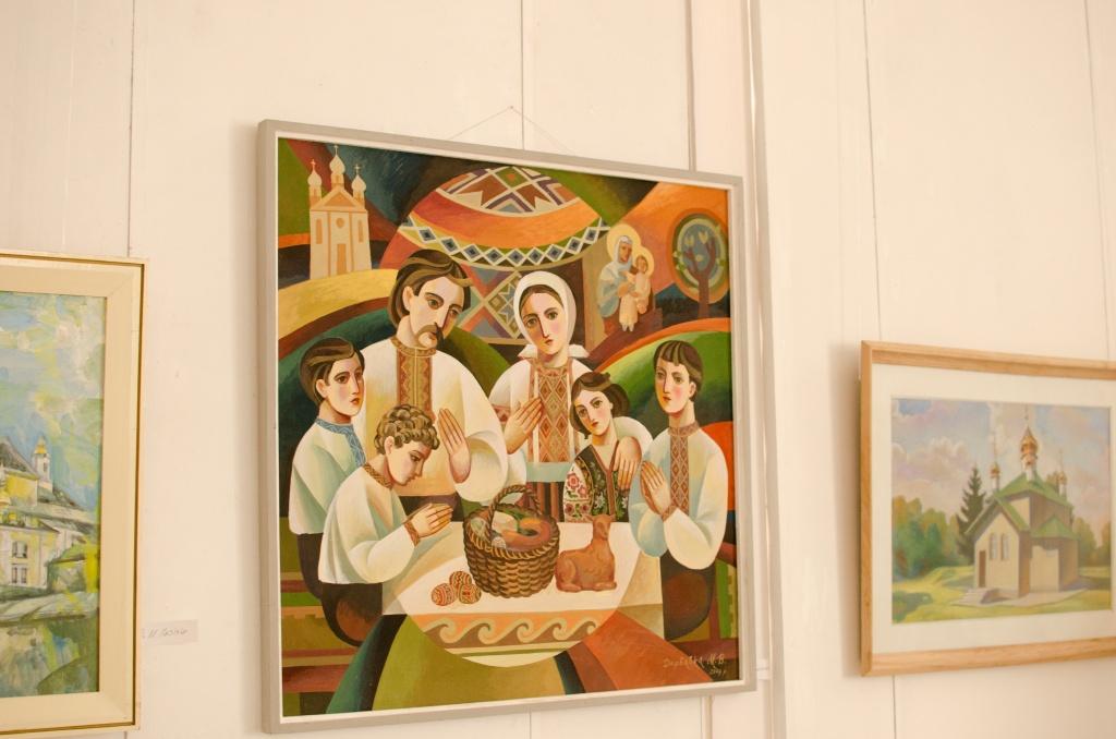 У художній галереї Тернополя діє традиційна великодня виставка