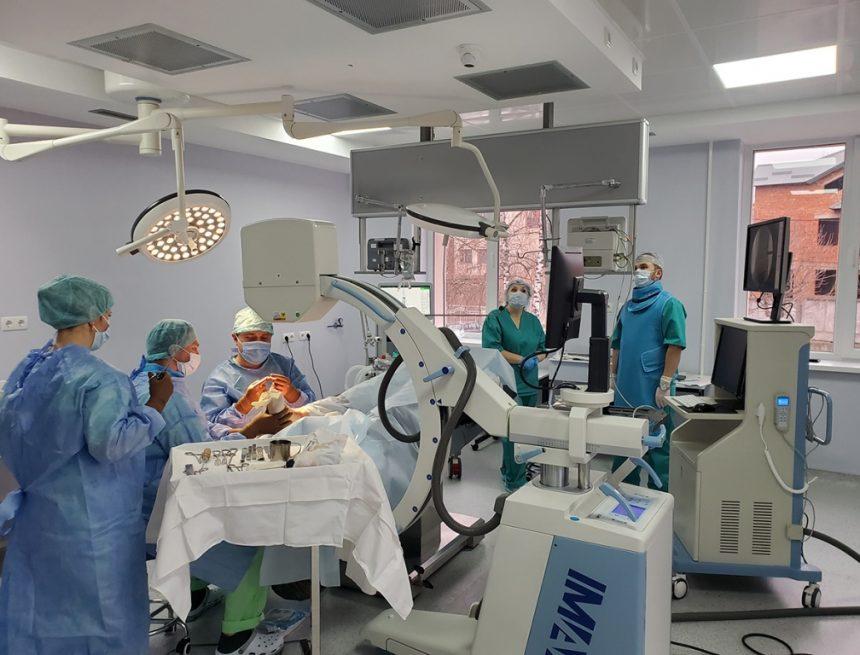 Репортаж із операційної. У володіннях цариці медицини